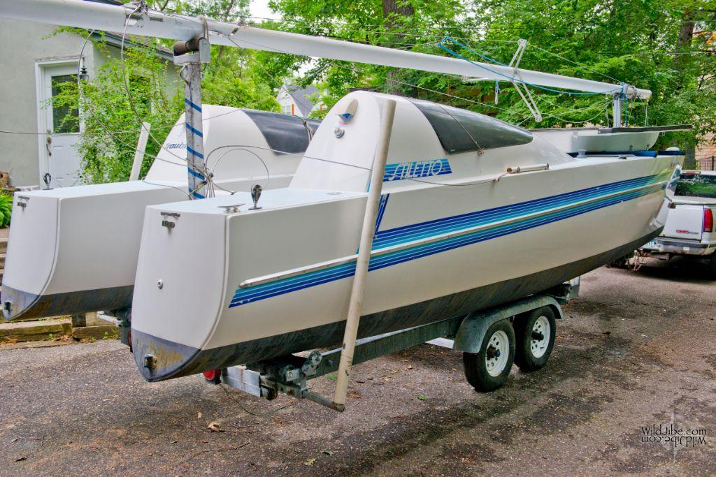 Stiletto_Catamaran_27_For_Sale